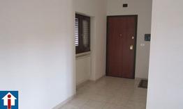 Appartamento in stabile trifamiliare