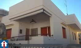 Abitazione indipendente  con giardino e garage